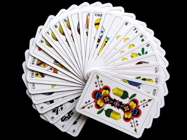 Cómo Se Interpretan Las Cartas En El Tarot barajas