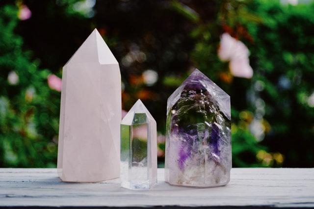 Los Mejores Rituales Esotericos para esta Primavera ritual de cristales