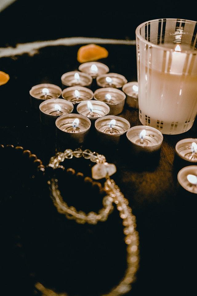 Cómo utilizar los amuletos en mis rituales de amor sí funcionan