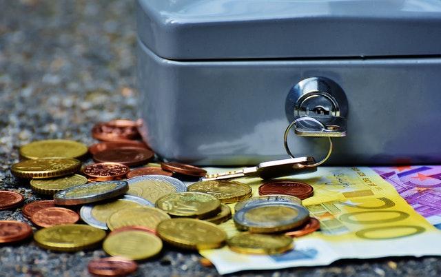 El mejor hechizo para atraer dinero y abundancia ritual abre camino