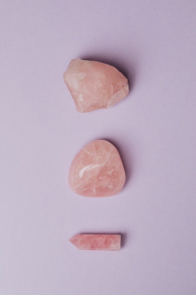 Qué amuletos sirven para el amor amuleto con cuarzo